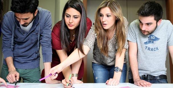 Kadir Has Üniversitesi, AB Uzmanı yetiştiriyor